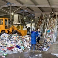 В одном из округов Омска появится мусоросортировочный завод