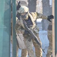 СОБР задержал группу омичей, вооруженных битами и топорами