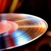 """Винил на """"повседневе"""": стоит ли использовать грампластинки для прослушивания музыки"""