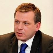 Омский Сбербанк инвестировал в 2013 году почти миллиард долларов