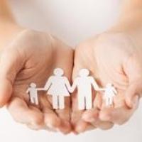 В Омске биомать забрала ребенка из приемной семьи спустя 8 лет