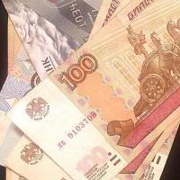 Омич присвоил себе часть денег от сделки фирмы
