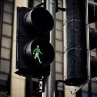 На «Водниках» омичи смогут переходить дорогу не спеша
