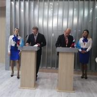 Бурков договорился о создании центра ядерной медицины в Омске