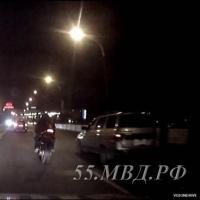Полиция задержала омича, ездившего на угнанном в Италии мотоцикле (видео)