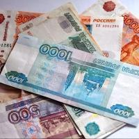 Омичка взяла из кассы магазина деньги и перевела их мошеннику
