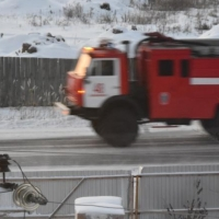 Омские пожарные потушили два загоревшихся автомобиля за сутки