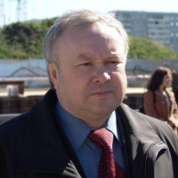 Шишов «рассекретил» восстановление омского «Мостовика»