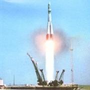 12 апреля - День космонавтики  и 50 лет со дня первого полёта человека в космос
