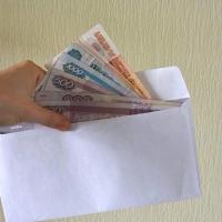 Судебный пристав в Омске не приняла подарка от благодарного взыскателя