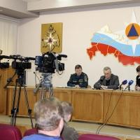 На помощь омским спасателям прибыли 150 коллег из Сибири и Забайкалья