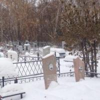 На омские кладбища теперь нельзя проезжать на легковой машине
