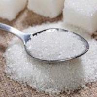 Сахар оказался опаснее наркотиков и алкоголя