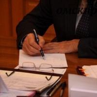 Александр Жуков готов помочь омичке с «синдромом Ундины»