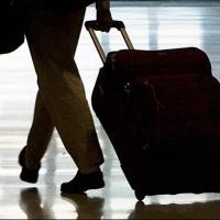Уехать из Омска в ближайшие годы планируют 17% жителей