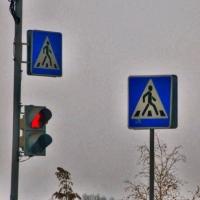 На перекрестке Орджоникидзе-Кемеровская в Омске исключили конфликт «трамвай-пешеход»