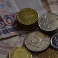 Судимый более 10 раз омич в открытую украл у пенсионерки кошелек