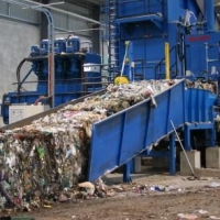 В Омской области планируется построить 25 станций по сортировке и перегрузке мусора