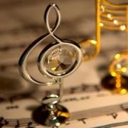 Омский симфонический оркестр сменит смокинги на джинсы