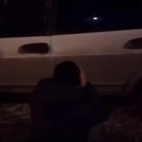 В Омске неадекватного водителя просили убрать машину с дороги