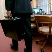 Омские чиновники раскроют свои доходы и доходы родственников