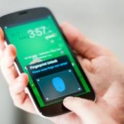 Samsung выпустил смартфон, хранящий отпечатки пальцев