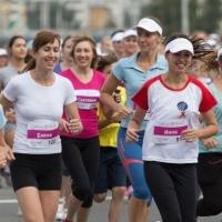 Известные мамы Омска пробегут дистанцию Цветочного забега