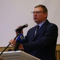 Бурков попросил бизнесменов подготовить данные о тарифах омского аэропорта