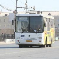 Проезд в общественном транспорте Омска не будет дорожать еще три года