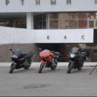 Омским школьникам провели мастер-класс по езде на мотоцикле