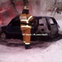 В Омске сгорел очередной автомобиль