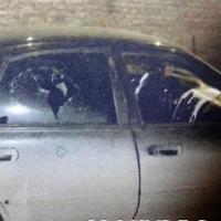 Трое омичей разбили и облили краской автомобиль должника