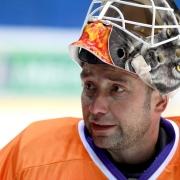 Омские хоккеисты почтили память Александра Вьюхина