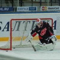 Первая игра комом: омский «Авангард» уступил казанскому «Ак Барсу»