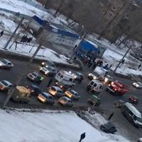 Омская полиция ищет водителя, сбившего двоих пешеходов в Октябрьском округе