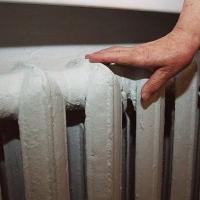 В Омске некоторые дома и школы остались без теплоснабжения