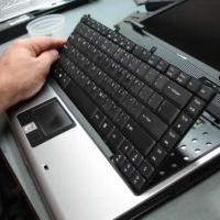Что делать если на ноутбуке сломалась клавиатура?