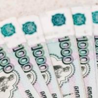 Экс-замначальника Омской таможни будут судить за кражу и взятки