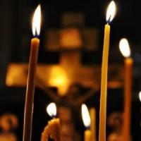 Православные омичи прощаются со священником Владимиром Сысолятиным