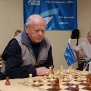 В Омске открылся шахматный клуб ветеранов нефтезавода