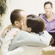 Почему люди брезгуют консультациями психологов?
