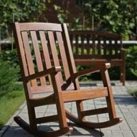 Что учитывать при выборе мебели для дачи?