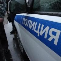 Пьяная пятиклассница выпала из окна второго этажа в Омске