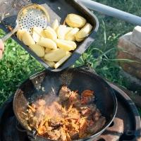 Чугунный казан - неповторимый вкус блюд