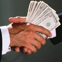 Чиновник из Черлакского района заплатил 1 миллион штрафа