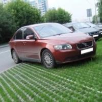 Названы самые популярные в Омске места нарушений парковки