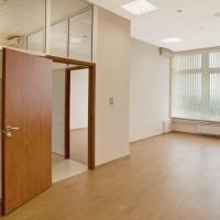 Омским предпринимателям доступны для аренды 33 тысячи квадратных метров