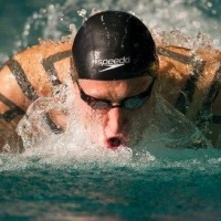 Воспитанник омского плавания стал самым титулованным пловцом чемпионата России в Казани