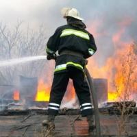 В Омске на Северной при пожаре погибла семья из троих человек