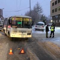 В Омске автобус с пассажирами выехал на встречку